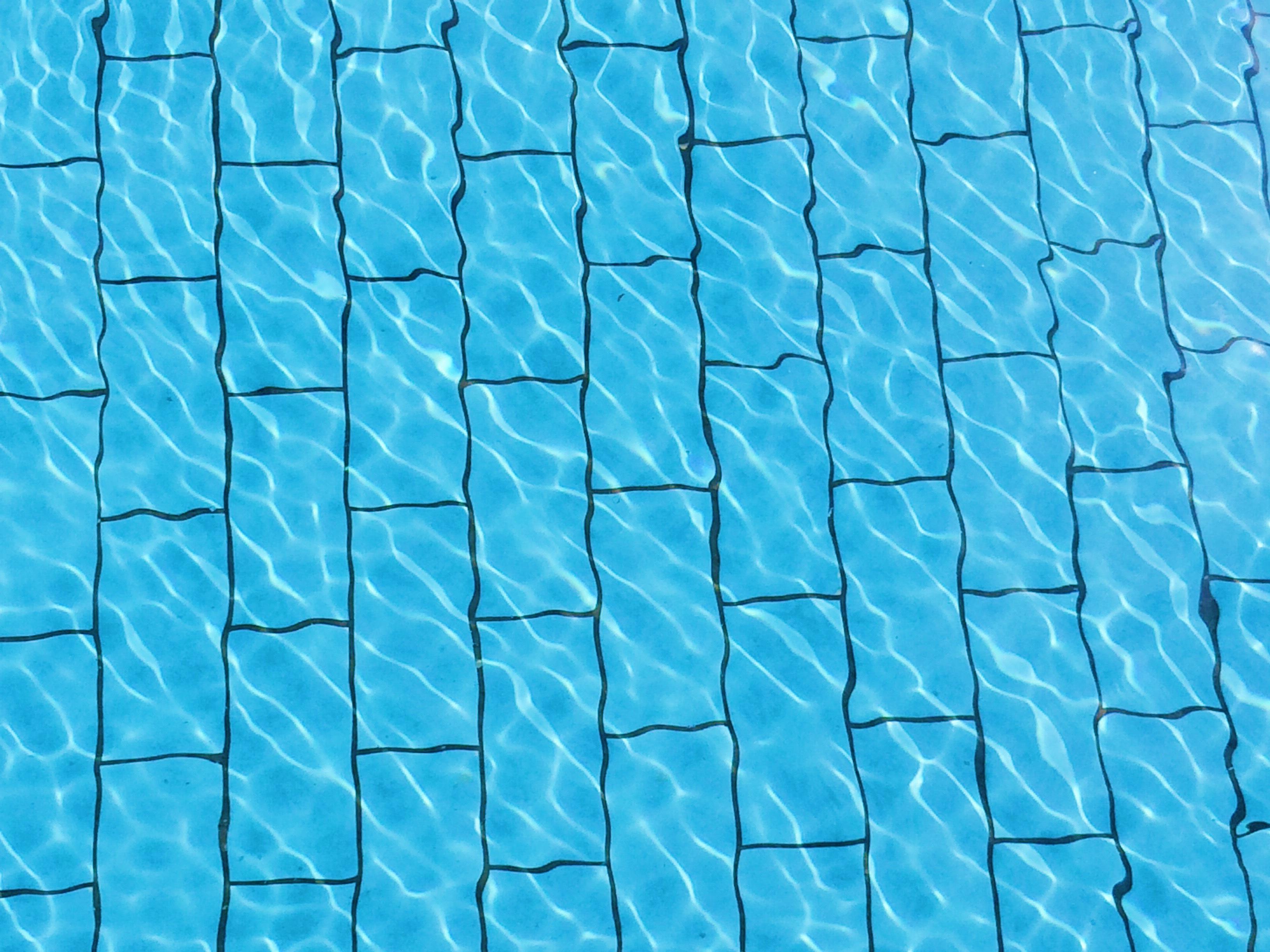Les piscines d 39 annecy et de l 39 agglom ration votre s jour for Piscine seynod